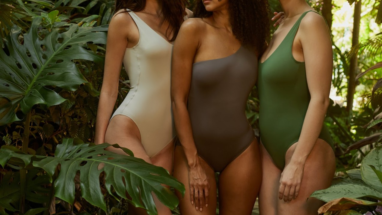 Why Spandex yarn is the Best Fabric for Swimwear?